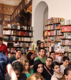 festivalul-national-de-literatura-discutia-secreta-arad-raluca-medeleanu-arad-culture