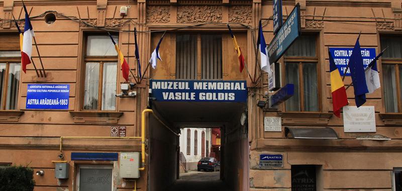 muzeul memorial vasile goldis arad