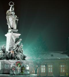 statuia-libertatii-piata-reconcilierii